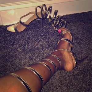 Shoes - Perfect gold gladiator heel ☺️